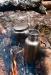 Pullo kestää helposti veden keittämisen nuotiossa tai jäätyneen sisällön sulattamisen kaminan päällä. Pullo testissä vuonna 2010, vuosia ennen myyntiin ottamista. Kuvassa Classic-malli.
